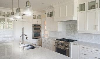 Wonderful White Cottage Kitchen