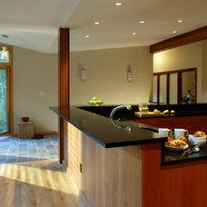 Modern Kitchen by Brennan + Company Architects