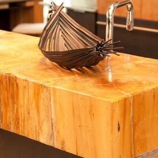 Wooden Bar on Kitchen Peninsula