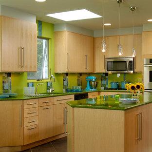 Woodmere, NY Kitchen, MU1301