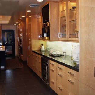 Large Contemporary Eat In Kitchen Designs Inspiration For A Galley