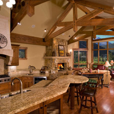 Traditional Kitchen by Rockridge Building Company