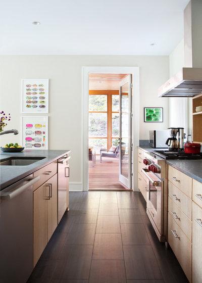 Contemporary Kitchen by Architectural Collaborative