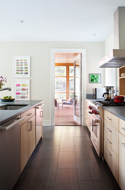 Contemporary Kitchen by Hall Smith Office_Architecture