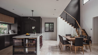+ WOODVIEW HOUSE +