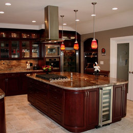 Crema bordeaux granite home design ideas pictures for Cherry bordeaux kitchen cabinets