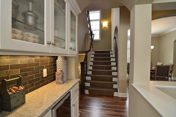 Traditional Kitchen by Gonyea Homes & Remodeling