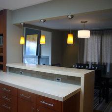 Modern Kitchen by Kurt Worthington