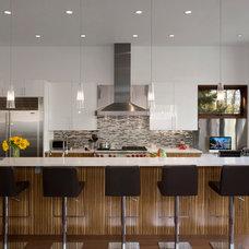Contemporary Kitchen by Studio B Architecture + Interiors