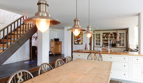 Houzz Tour: An 18th Century Cottage Gets a Graceful Extension