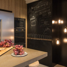 Contemporary Kitchen by Chinc's Workshop