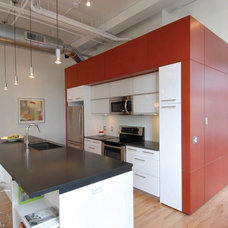 Modern Kitchen by mossArchitects
