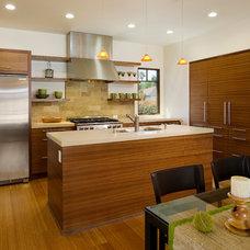Contemporary Kitchen by Dana Berkus Interiors
