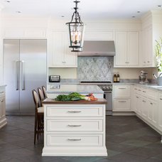 Traditional Kitchen by MAINE COAST KITCHEN DESIGN