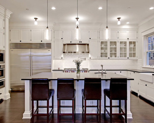 Kitchen pendant home design ideas pictures remodel and decor for Ce kitchen cabinets