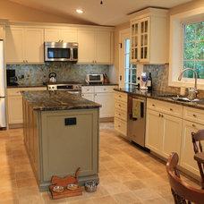 Farmhouse Kitchen by Distinctive Elements Kitchen & Home Design