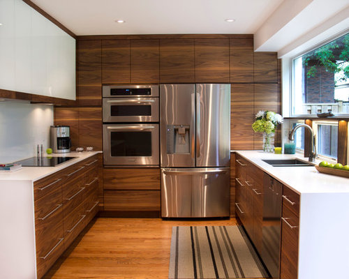 Modern walnut kitchen cabinets houzz for Kitchen cabinets houzz