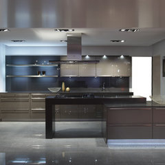 modern kitchen by Dan Brown