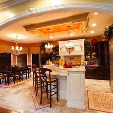 Traditional Kitchen by Trade Mart Interiors