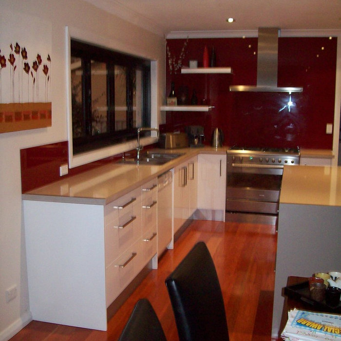 Yowie Bay - Don - Kitchen