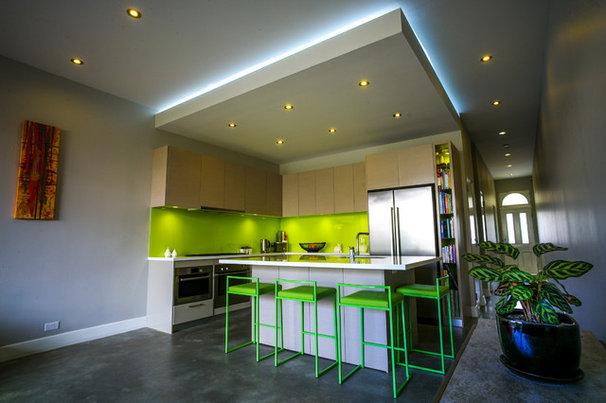Contemporary Kitchen by Zugai Strudwick Architects