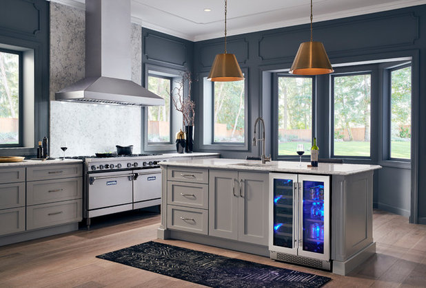 Contemporary Kitchen by ZEPHYR