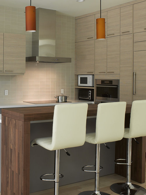 Small Modern Eat In Kitchen Remodeling Example Of A Small Minimalist L Shaped
