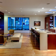 Modern Kitchen by todd hamilton