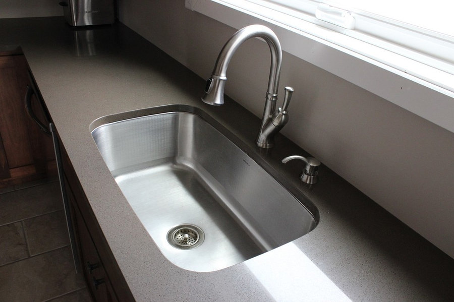 Zodiaq sage counters with large single-bowl sink
