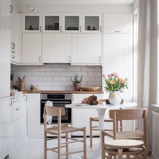 Inredning av ett skandinaviskt kök