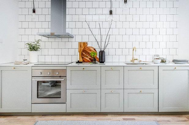 Scandinavian Kitchen by CustomKitchen