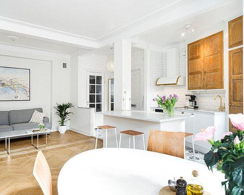 skandinavische k chen mit hellbraunen holzschr nken ideen. Black Bedroom Furniture Sets. Home Design Ideas