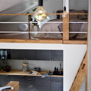 Small scandinavian kitchen inspiration - Kitchen - small scandinavian kitchen idea in Stockholm