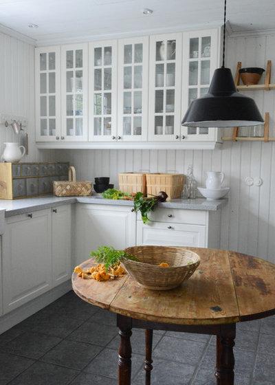 Farmhouse Kitchen by www.adddesign.se