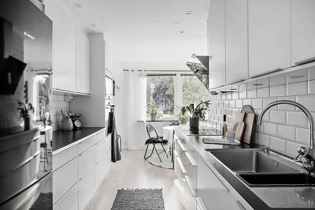 Scandinavian Kitchen by Studio In