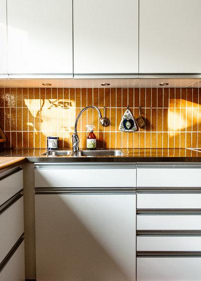 Midcentury Kitchen by Nadja Endler | Photography