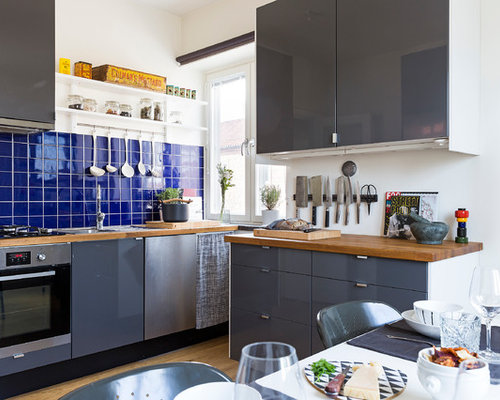This Is An Example Of A Medium Sized Scandinavian L Shaped Kitchen Diner In