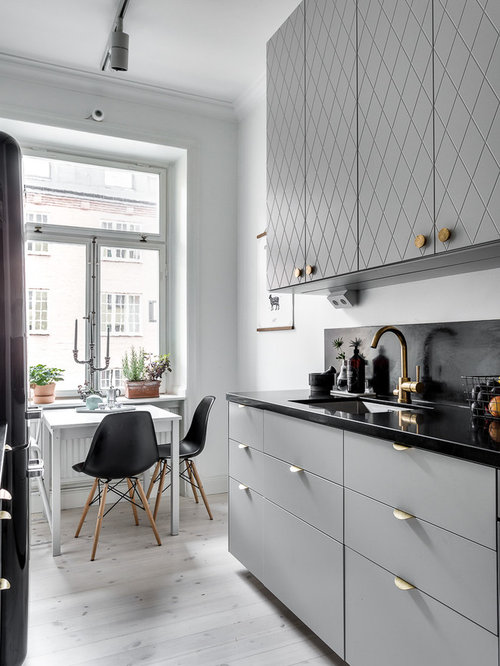 cuisine scandinave avec une cr dence grise photos et id es d co de cuisines. Black Bedroom Furniture Sets. Home Design Ideas