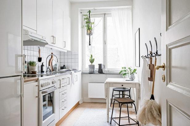 Scandinavian Kitchen by Bjurfors Göteborg