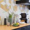 Köksinredning: Ta ut svängarna med färg och mönster