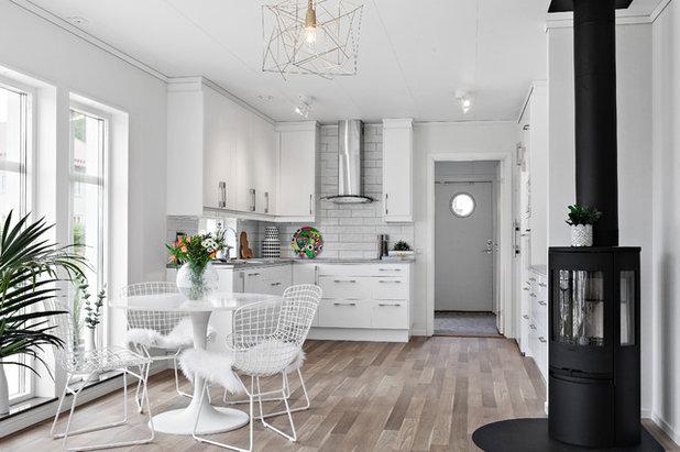 Scandinavian Kitchen by Fotograf ACE