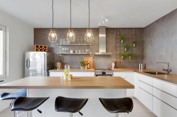 Contemporary Kitchen by Inredningskontoret