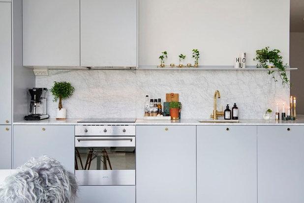Scandinavian Kitchen by Scandinavian Homes