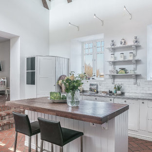 Large Shabby Chic Style Eat In Kitchen Designs   Example Of A Large Cottage