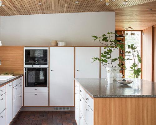 skandinavische k chen mit backsteinboden ideen design bilder houzz. Black Bedroom Furniture Sets. Home Design Ideas