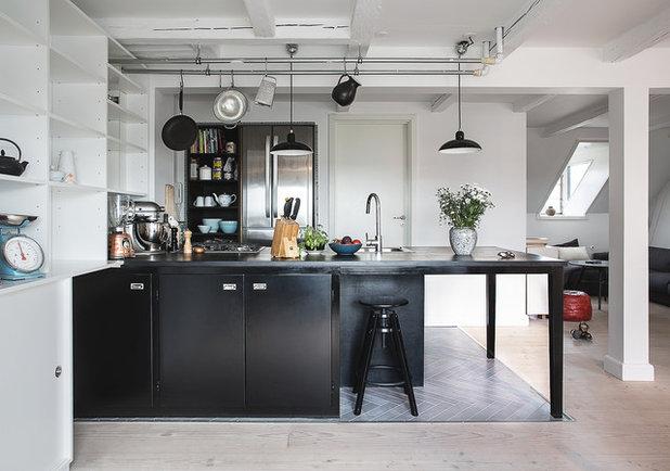 Skandinavisk Køkken by Det Mondæne Skur