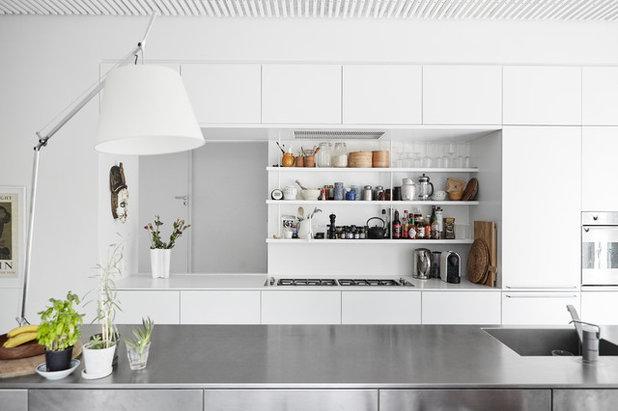 Moderno Cocina by Mia Mortensen Photography