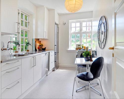 cuisine scandinave avec un sol en linol um photos et id es d co de cuisines. Black Bedroom Furniture Sets. Home Design Ideas