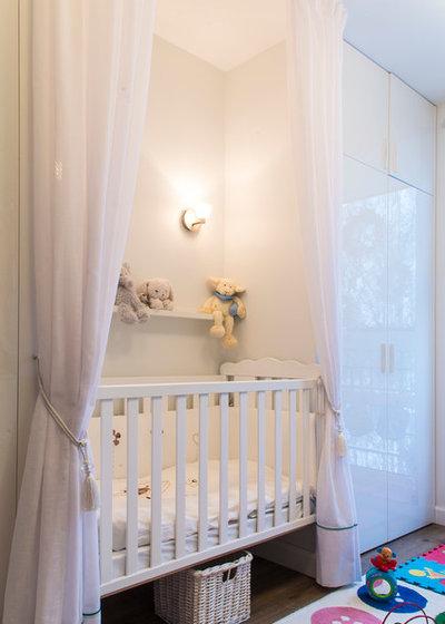Современный Комната для малыша by Projectorstudio