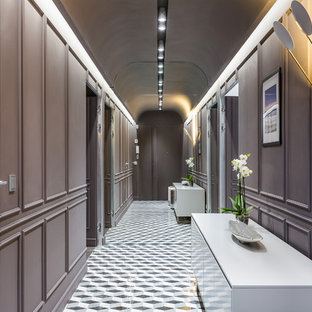 Idée de décoration pour un couloir tradition.